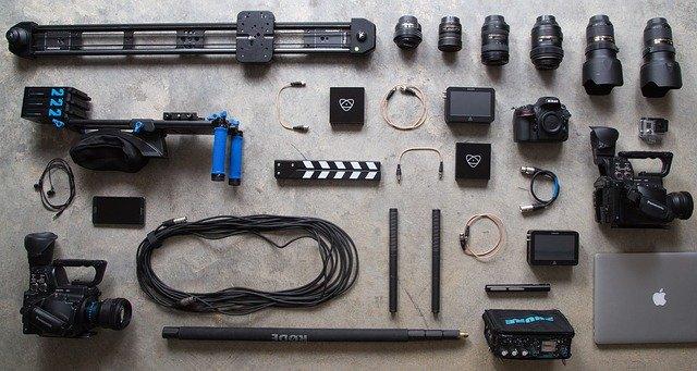 חובבי צילום: מהו ציוד הצילום שאתם חייבים לקנות?