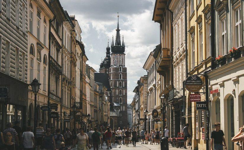 איך נאתר נכסים למכירה בפולין שיניבו תשואות יפות? 4 טיפים מנצחים