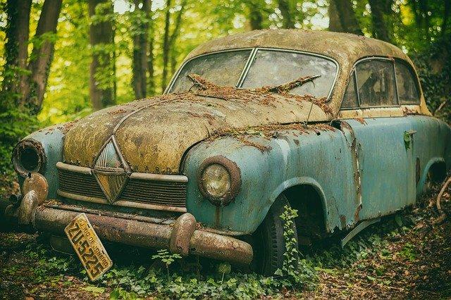 מגרש פירוק רכבים לברזל ברמת גן